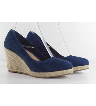 M&S Collection Size 3.5 Royal Blue Straw Wedge