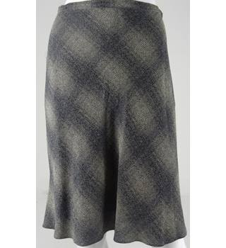 Patsy Seddon by Phase Eight Green/Black Check Knee-Length Skirt Size 12