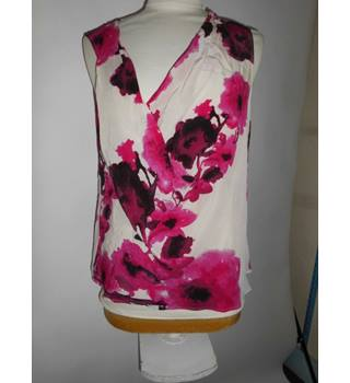 East Ladies Women's 100% Silk Floral Pink Top Blouse Size 14