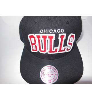Mitchell & Ness hats Mitchell & Ness - Size: 10/15 - Black