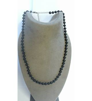 Black beaded necklace Unbranded - Size: Medium - Black - Necklace