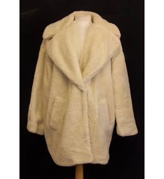 BNWT Topshop - Size: 16 - Cream Coloured Casual Coat