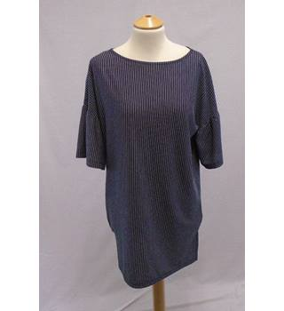 M&S Collectection - Size 8 - Navy and White Striped Top Tunic