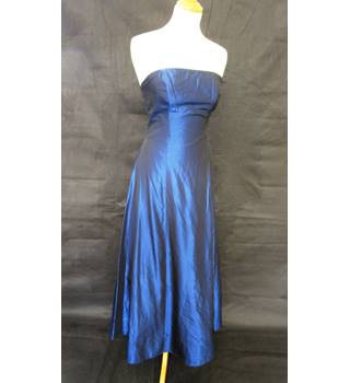 Calf Length Strapless - Debut - Size: 8 - Blue - Evening dress