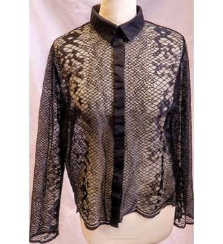 Topshop limited edition black lace shirt size 14 Topshop - Size: 14 - Black - Long sleeved shirt
