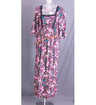 BNWT George - Size: 18 - Multi-coloured - Long dress
