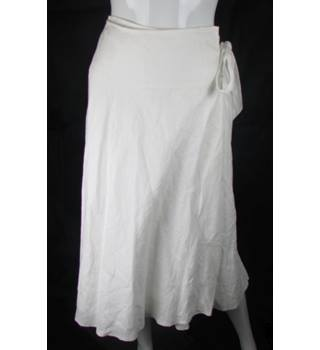 Kaliko - Size: 8 S - White - Knee length skirt