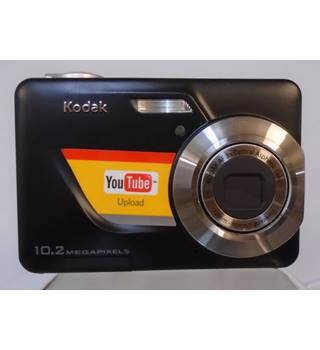 KODAK EASY SHARE C180 10.2 MEGAPIXELS CAMERA