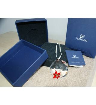 Designer Swarovski Crystal Moments Poinsettia Window Ornament 9400-000-140 with original boxes & certificate