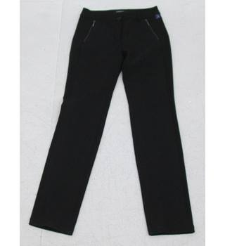 Robell: Size 12 Regular:  Black front side entry zip jeans