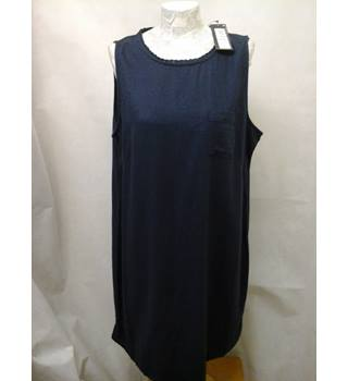 New without tags M&S Marks & Spencer - Size: 18 - navy sleeveless knee length dress