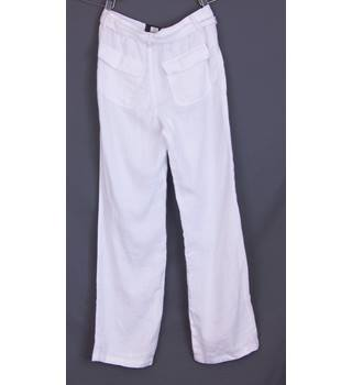 BNWOT M&S - Size: 14 - White - Cargo pants with belt