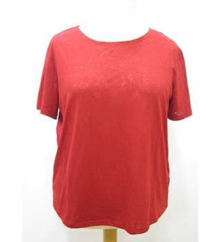 M&S Marks & Spencer - Size: 14 - Red - T-Shirt
