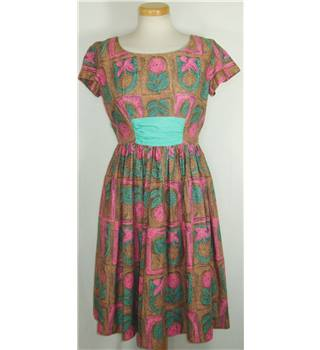 "Vintage Alice Edwards Italianettas size 36"" bust (Brand size 15) brown, pink and green floral patterned dress"