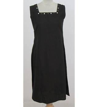 Unbranded - Size: 12 - Black - Sleeveless square neck decorative sequins dress