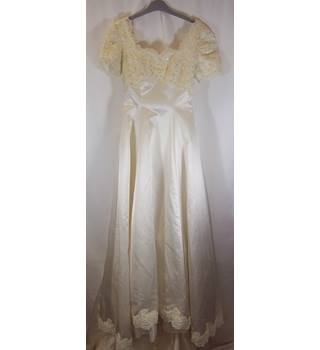 Unbranded - Size: 10 - Cream / ivory - Wedding dress