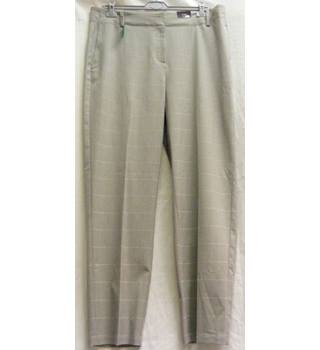 M&S Marks & Spencer - Size: 18 - Grey - Suit trouser - BNWT