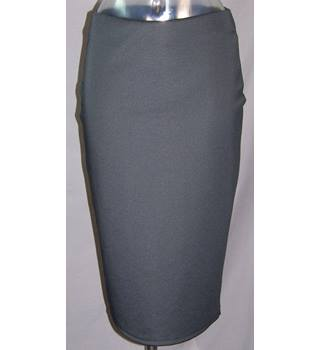 BNWOT M&S Marks & Spencer - Size: 12 - Black - Calf length skirt