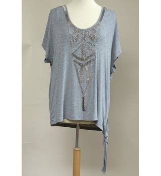 Brand new with tags beautiful grey,  top with silver bead trimmings Planet - Size: L - Grey