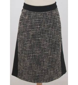 Country Casuals - Size: 16 Brown tweed skirt