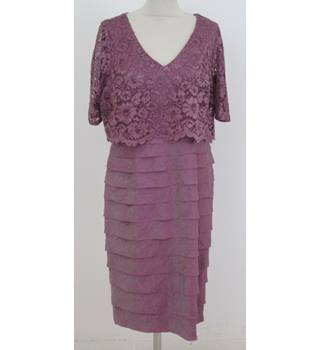 NWOT: M&S Size 16: Dusted pink lace and bandage style dress