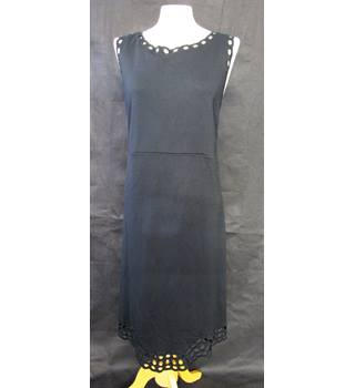 Cut out Circle Pattern - M&S Marks & Spencer - Size: 22 - Black - Sleeveless