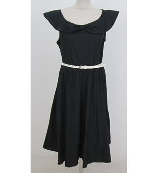 Lindy Bop: Size 20: Black swing dress with white belt