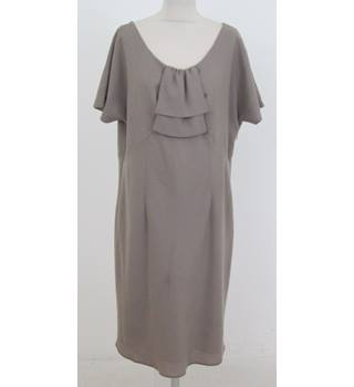 BNWT: Kaliko: Size 20: Beige front double layered ruffle dress