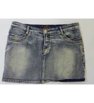 New look Size 16 faded look denim miniskirt