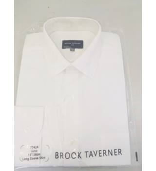 Brand new - Brook Taverner One Long Sleeved White Shirt - Size: M