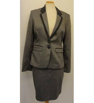 Next - Size: 6 - Grey - Skirt suit