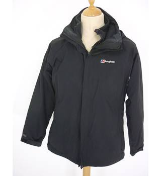 "Berghaus Size: 14, 37"" chest Black Outdoor/Trail ""Aquafoil 2""  Nylon 3 in 1 Jacket."