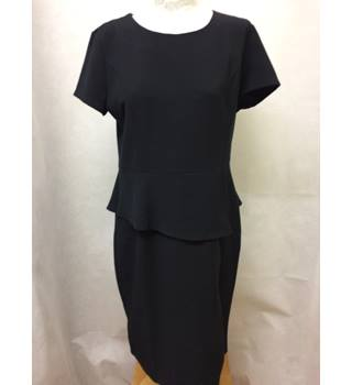 Collection London - Size: M - Black short sleeved smart dress