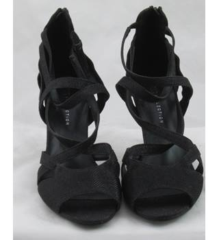 NWOT M&S Collection, size 7.5 black glittery strappy sandals