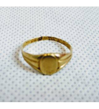 Small 14 carat yellow gold signet ring size I Unbranded - Size: I - Metallics