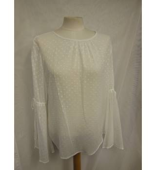 M&S Ladies Loose Top, size 14 M&S Marks & Spencer - Size: 14 - Cream / ivory - Blouse