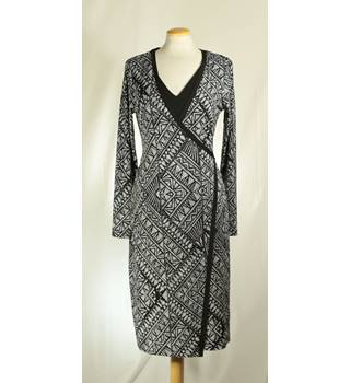 NWOT M&S Marks & Spencer - Size: 12 - Black - Wrap around dress