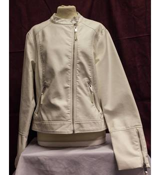 M&S Marks & Spencer - Size: 14 - Cream / ivory - Smart jacket / coat