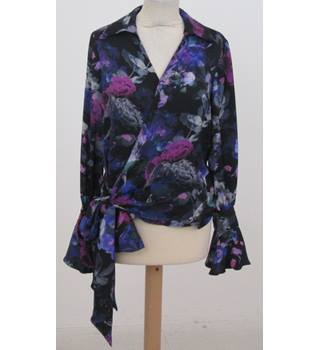 NWOT M&S Collection Size: 8- Black floral wraparound top