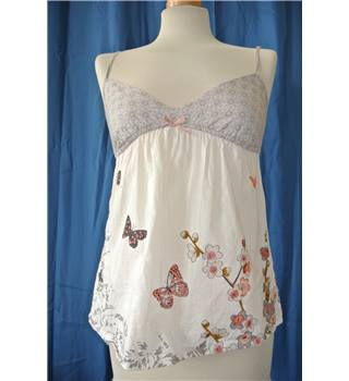Accessorize - Size: XS - Cream and Grey Patterned Sleeveless Top