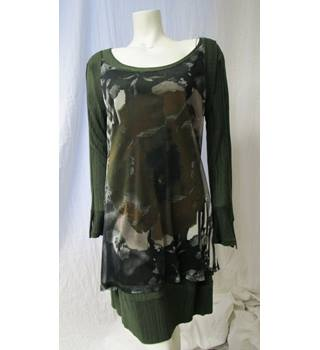 "FA Concept Size  36"" chest (Brand size 3) Green Two Part Dress"