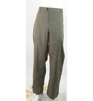 "BNWOT M&S Blue Harbour - Size: 46""/31"" - Dark Stone - 'CoolMax' Climate Control Regular Fit Trousers"