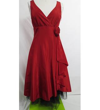 Debut Party/ Prom Dress Size 8 Red Debut - Red - Prom dress