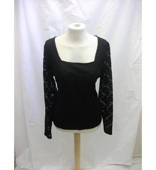 NEW Planet Ladies Top  - Size: 12 - Black