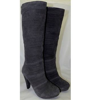 Xti - Grey Suede Knee Length Boots - Size 36