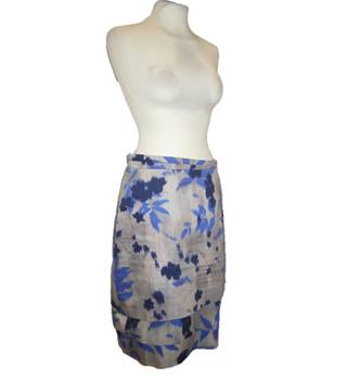 Hugo Boss - Size: 8 - Multi-coloured - Knee length skirt