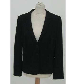 BNWT Taifun - size: 16, black smart jacket