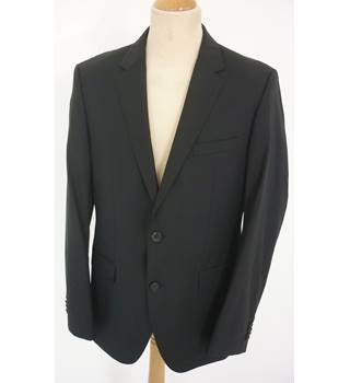 "Hugo Boss Size: M, 40"" chest, tailored fit  Black Smart/Stylish Wool Single Breasted Designer Jacket"