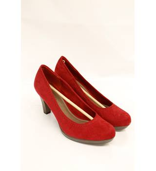 Marco Tozzi Red Heeled Shoes Size 6 Marco Tozzi - Size: 6 - Red - Heeled shoes