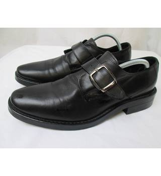 Kevim - Size: 7.5 - Black shoes
